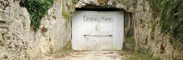Les acquisitions chinoises dans le bordelais n'arrêtent pas, la précédente était officialisée il y a deux semaines (3 crus bourgeois du Médoc).