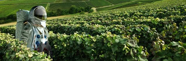 'Le vignoble de Champagne, tout un monde à explorer' illustre bien maladroitement l'agence Atout France.