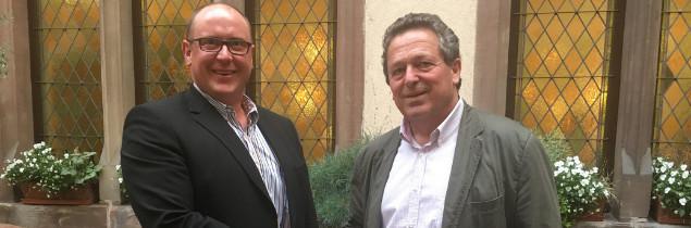 Réuni ce 12avril, le conseil d'administration du syndicat alsacien a élu Hervé Schwendenmann (à gauche) pour succéder à Jacques Cattin (à droite).