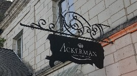 Ackerman se positionne sur Sancerre