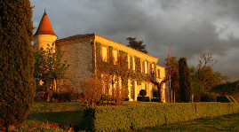 La famille Valette-Pariente vend le château Troplong-Mondot à un assureur