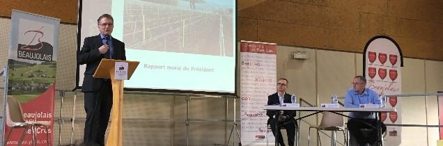 Dominique Piron, président d'InterBeaujolais, continue de décliner la nouvelle stratégie pour tenter de relancer le vignoble
