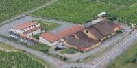 La cave des Vignerons de Bel Air vient de fusionner avec sa voisine, la cave de Saint-Etienne-des-Oullières. Ensemble, elles représentent un potentiel de 63000 hl de vins du Beaujolais