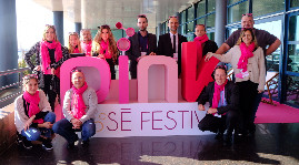 Like its highly acclaimed film counterpart, the rose wine festival took place on the Croisette, at the Palais des Festivals et des Congrès.