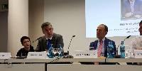 «Pour le vignoble européen, le sujet le plus important est celui des accords de libre-échange» estime Herbert Dorfman. «Nous espérons que l'Union Européenne travaille dur pour maintenir nos expéditions» souligne Antonio Rallo.
