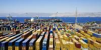 La majeure partie des importations de vins arrivant par bateau, essentiellement au port de Douvres, la mise en place de barrières douanières pourrait stopper net les fulx. Et transformer l'Angleterre en «vaste parking à camions» alerte la WSTA.