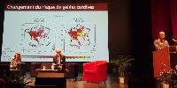 Didier Swingedouw définit les gelées tardives comme un gel arrivant après que le débourrement de la vigne ait débuté. Un risque qui est «la rencontre entre un aléa climatique et un système exposé et vulnérable (sans moyen de protection efficace).»