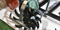Les nouveaux disques émotteurs Clemens permettent de travailler au ras des ceps à vitesse élevée.