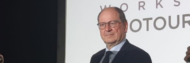 """Under certain conditions, wine tourism can become a key aspect of the tourism industry over the coming years"", said Hervé Novelli on 12 March at Hangar 14 in Bordeaux."