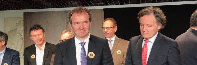 Maxime Toubart, chairman of the Champagne winegrowers' organisation, signs the white paper on wine tourism in Champagne under the watchful eye of Pierre-Emmanuel Taittinger, chairman of the Champagne Hillsides, Houses and Cellars – Unesco World Heritage mission.