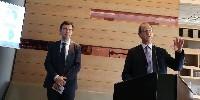 Bernard Farges, vice-président, et Allan Sichel (à droite), président du Conseil interprofessionnel du vin de Bordeaux le 12 mars lors de la présentation des chiffres 2018 des ventes de Bordeaux