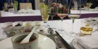 La cuisine et la gastronomie, propulsées en avant par des émissions télévisées, permettent de renouer les liens entre le vin et les consommateurs