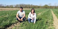 """As a user, not having to treat vines is a dream"", said Alexis Hubert. ""The sky's the limit"", added Carine Magot, on 27 March in Buzet, in the grass-cover vineyard."