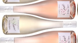 The rosé is a 2019 Pinot noir and the white is an unspecified, non-vintage blend.