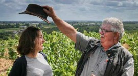Guy Rochais has given the keys of Château de Plaisance to Vannessa Cherruau and not to Loire Propriétés