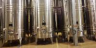 90 millions d'euros par an viendront soutenir les investissements qui peuvent notamment intervenir dans le matériel de vinification.