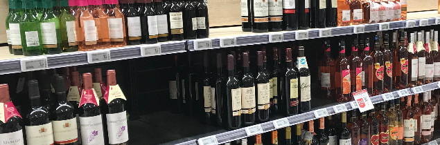 Since lockdown was introduced in France on March 17, e-commerce platforms selling wine to private customers have seen sales go through the roof.