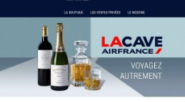 The lacave.airfrance website allows passengers to order on the ground, but also in flight, the wines, Champagnes and spirits they discover on board through the Air France Connect connectivity range.