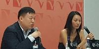 Lei Zaho, directeur général du département aliment et vin de Tmall et Ada Xu, chargée de développement business pour Tmall, basée en France.
