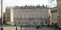Le carré du Palais à Avignon