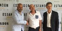 Passation de pouvoir entre les présidents d'Estandon : à gauche, Éric Lambert, au milieu Joel teisseire et à droite, Philippe Brel, directeur.