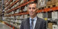 Eric Yung  est le nouveau directeur général de Johanès Boubée; il a débuté sa carrière en 1996 chez Comptoirs Modernes et a intègré Carrefour en 1999