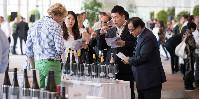 Représentant la moitié de la délégation, 46 acheteurs asiatiques ont fait le déplacement à Vienne ces 11 et 12septembre.