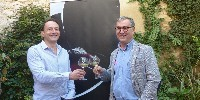 De gauche à droite : Nicolas Ponzo (directeur des Costières de Nîmes) et Bernard Angelras (président), heureux des belles perspectives offertes par le millésime 2017.