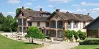Le domaine du Chalet est situé au coeur de la Montagne de Reims, dans la Marne