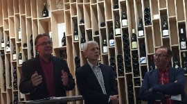 From left to right: Thierry Julien, chairman of France Vin bio; Philippe Gérard, vice-chairman; and Bernard Rabouy, an organic winegrower in Gironde
