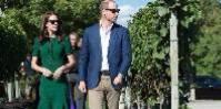 Hasard du calendrier, pendant les rencontres de la FIVS à Ottawa, la duchesse et le duc de Cambridge (soit la princesse Kate et le prince George) visitaient les vignes de Mission Hill Winery. Et participaient pour la photo à ses vendanges.