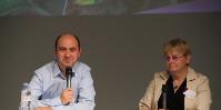 Benoît Hartman, directeur R&D produits biologiques chez Bayer et Marie-Pascale Latorse, chercheur en phytopathologie chez Bayer ont détaillé les axes de recherche du groupe sur le biocontrôle