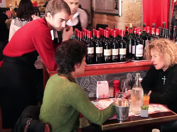 Restaurants, bars à vins et cavistes : les Côtes de Blaye à l'assaut des bonnes places de Bordeaux
