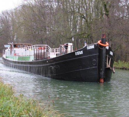 Développement durable : une péniche comme nouveau moyen de transport fluvial « éco-responsable » ?