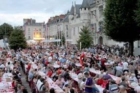 Vins de Saumur-Champigny : les Grandes Tablées sont dressées