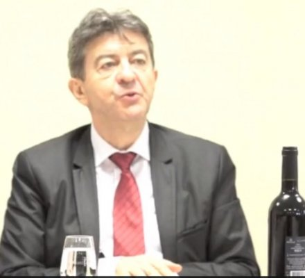 Politique: Jean-Luc Mélenchon à la rencontre de viticulteurs bio du Jura