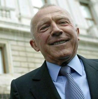 François Pinault achète 1 million d'euro l'ouvrée de Montrachet
