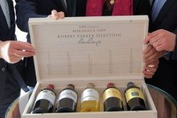 2009 vintage 100/100 Bordeaux wines to be sold in a