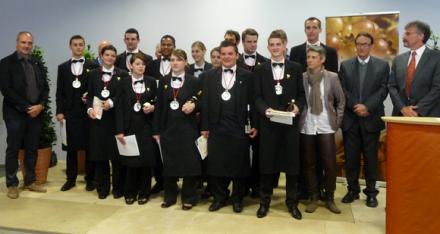 Sommellerie : les diplômés de Tain l'Hermitage, 12 nouveaux apôtres pour les vins de Condrieu
