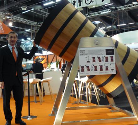 Sans dessus ni dessous : Radoux réinvente la vinification sous bois