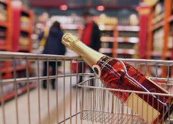 Singapour : les champagnes en position de monopole sur ce marché des vins effervescents